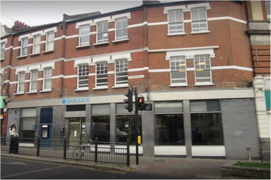 barclays bank palmers green
