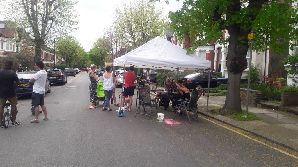 lakes estate street party