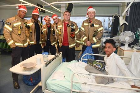 London Fire Brigade visits Paediatrics at North Mid December 2019
