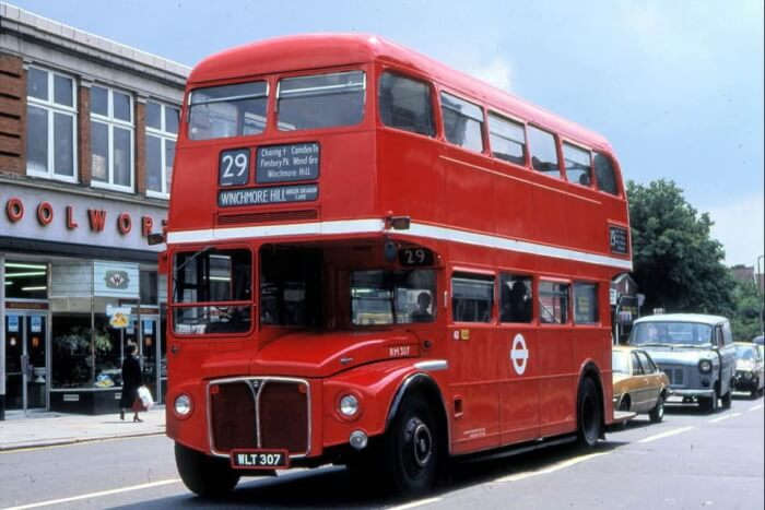 routemaster route 29 opposite woolworths palmers green