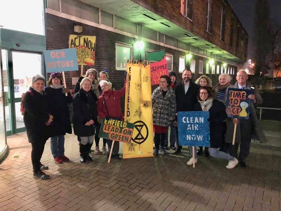 xr enfield members outside enfield civic centre 29 Jan 2020