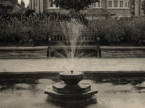 remembrance garden pond 1930s